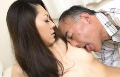 Ruri Hayami Japanese mature lady enjoys sex