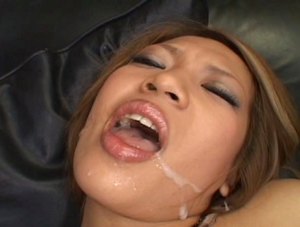 Yuuna Enomoto Naughty Asian model enjoys a hardcore sex party